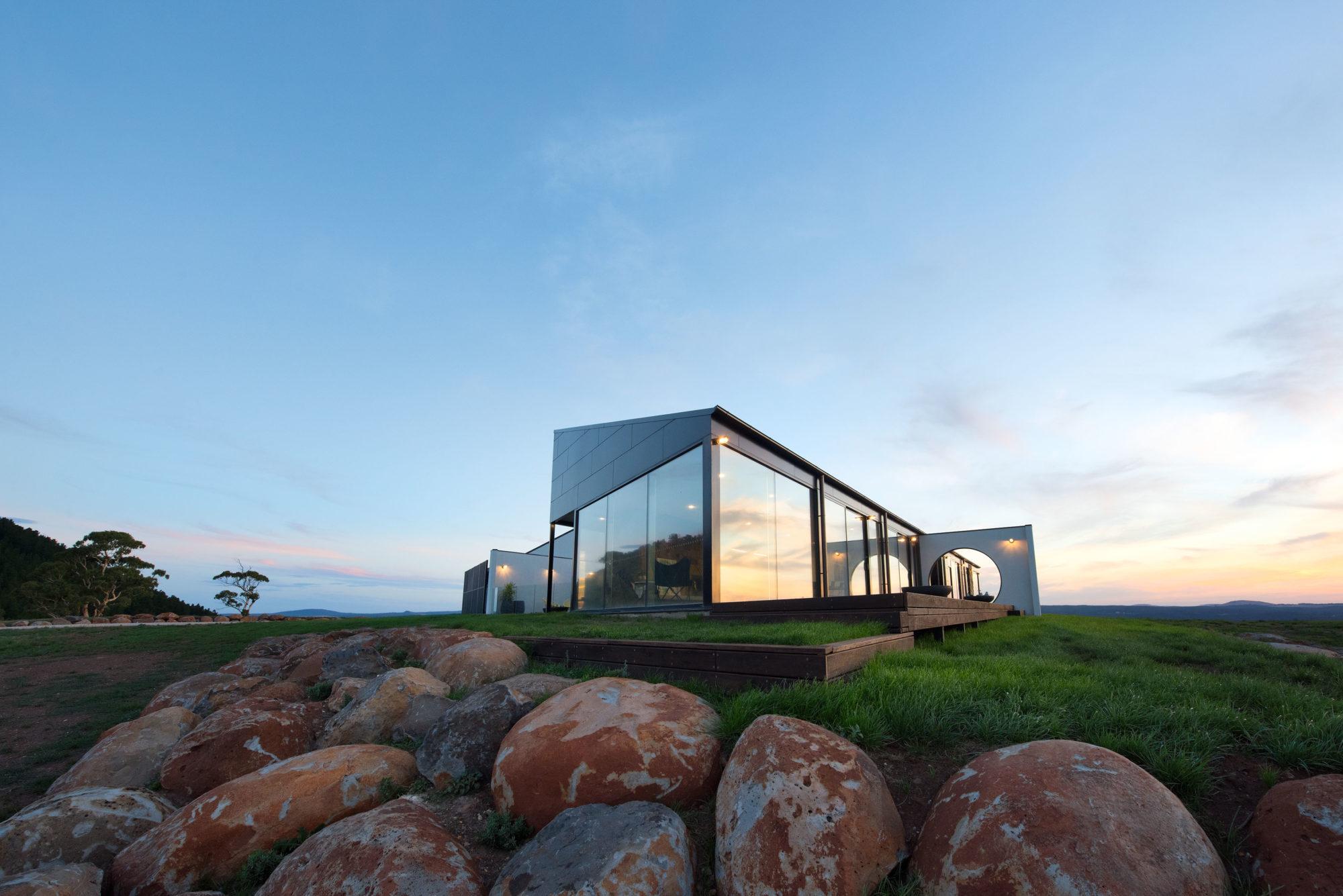 Sky High Mount Franklin - Luxury Accommodation Retreat